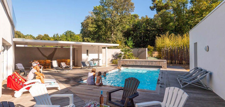 location villa a piscine longeville-sur-mer terrasse bois