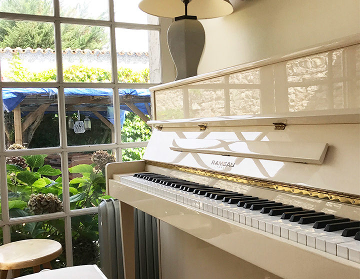 location logis sainte anne angles piano