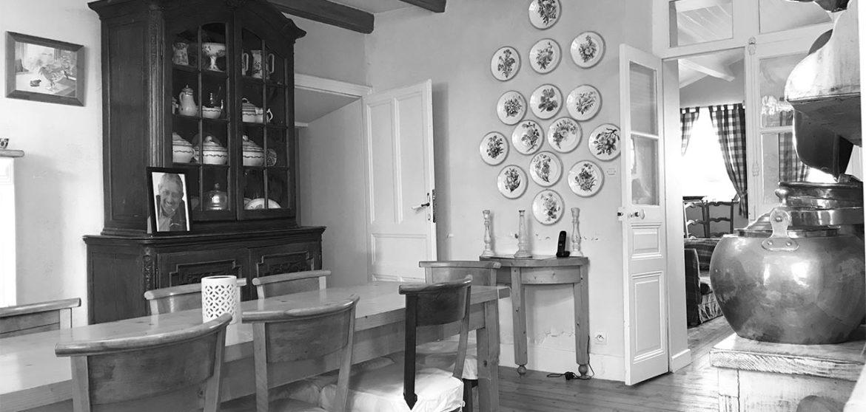 location logis sainte anne angles salle a manger